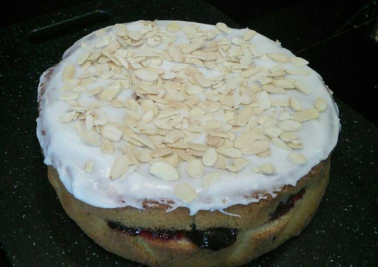 Steps to Make Ultimate Cherry Bakewell Cake