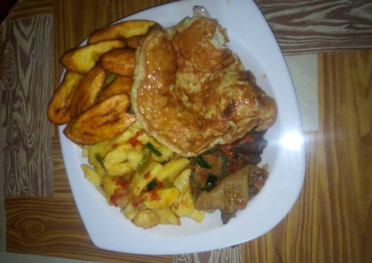 Arish potatoes with egg, pepper soup and plantain