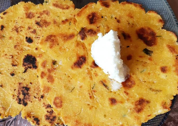 Steps to Make Award-winning Makki ki roti with grated Radish