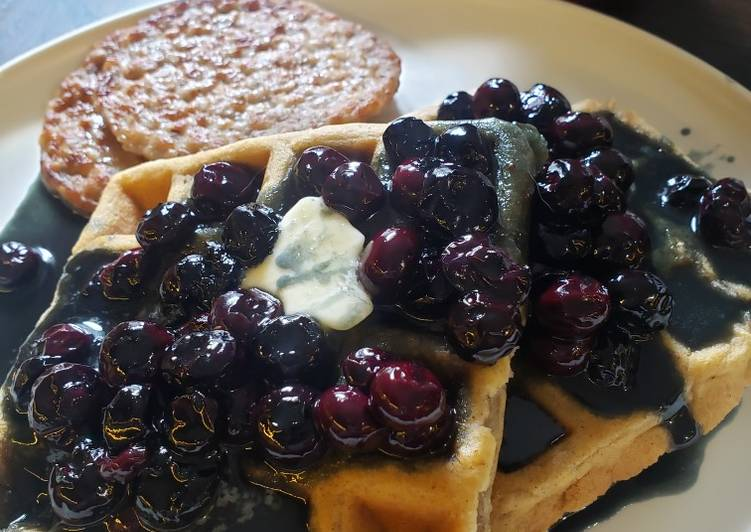 Cinnamon Chaffles with Buttermilk Blueberry Syrup