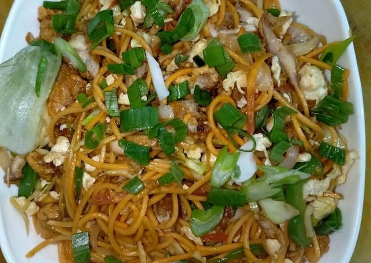 Chicken chilli garlic noodle