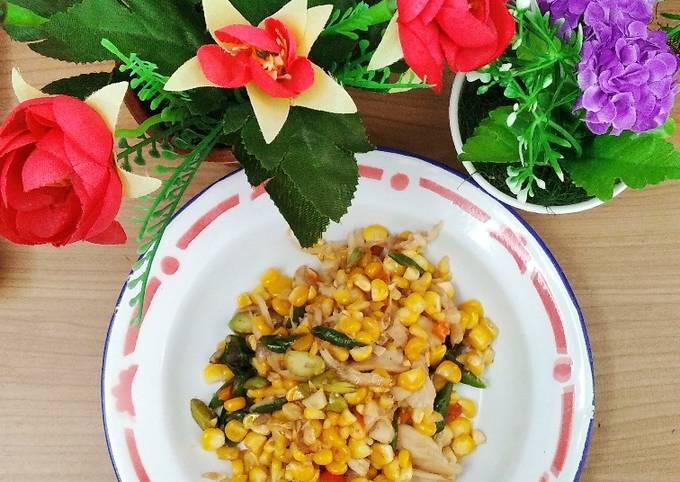 Tumis jamur jagung pedas