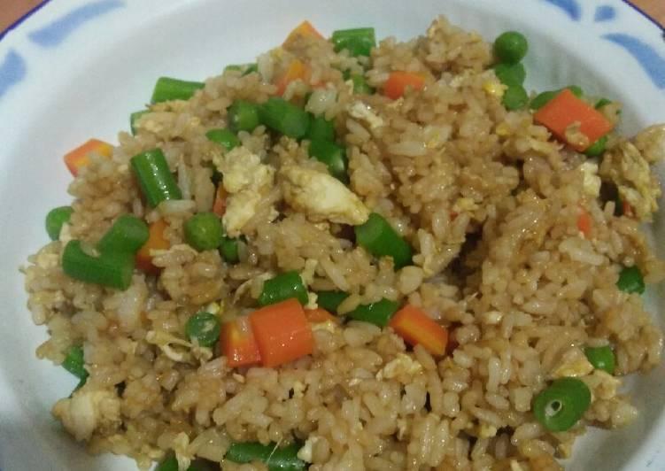 Nasi goreng sayuran untuk anak2