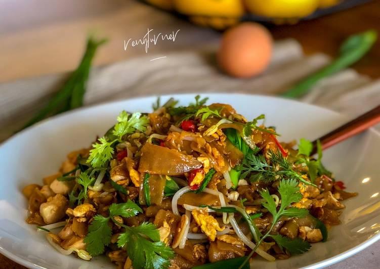 Penang Char Kway Teow (vegetables)