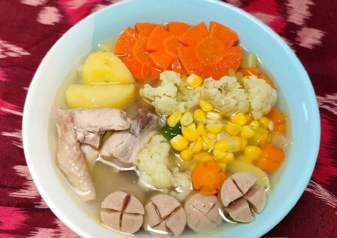 sup ayam sosis sayur kuah bening - resepenakbgt.com