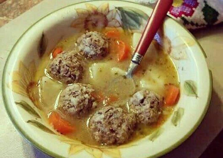 Mexican Albondigas (Meatball Soup)