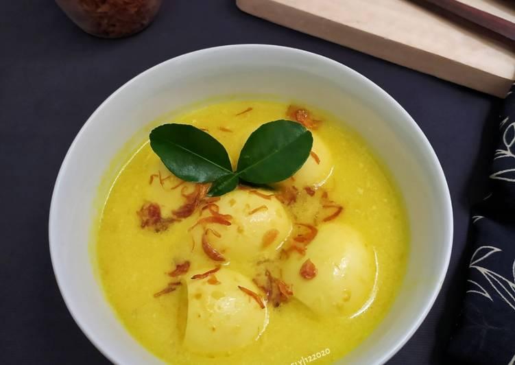 Opor Telur Petis Madura