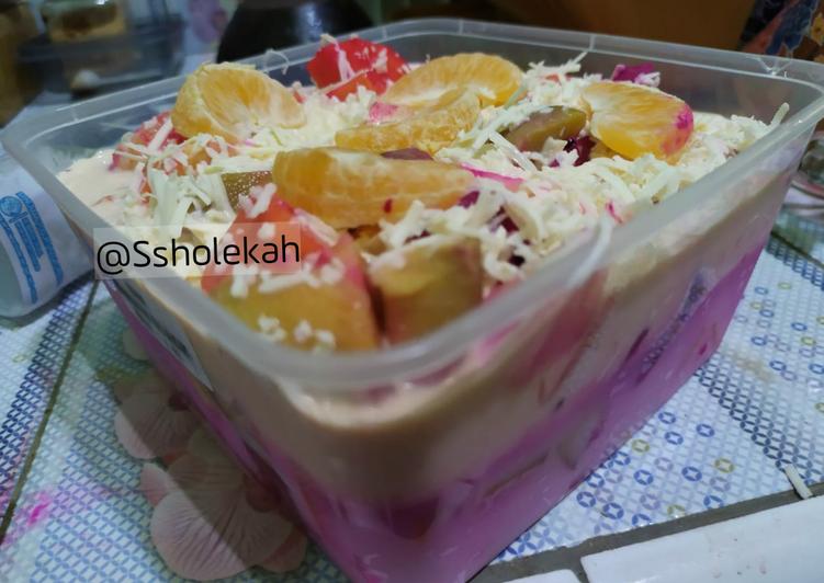 8. Salad buah seger dan simple