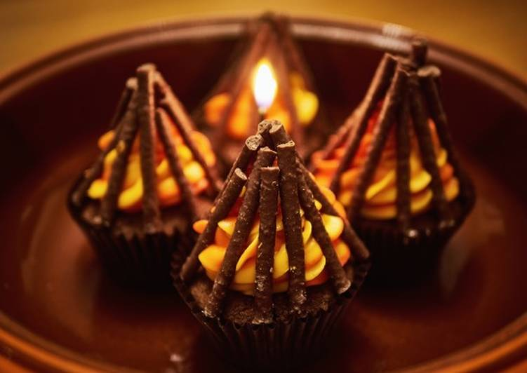 Simple Way to Make Ultimate Bonfire Cupcakes