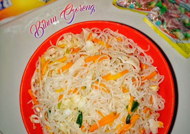 Bihun Goreng (Isian Pastel, Martabak Mini, dll)