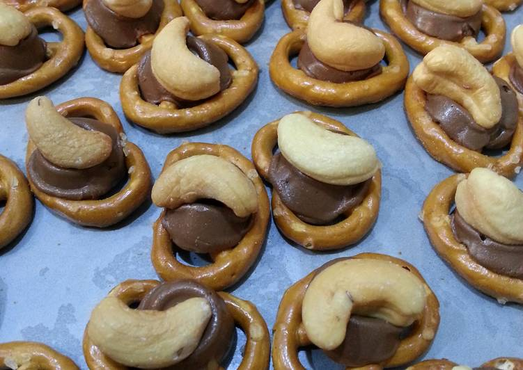 Cashew Rolo Chocolate Pretzels