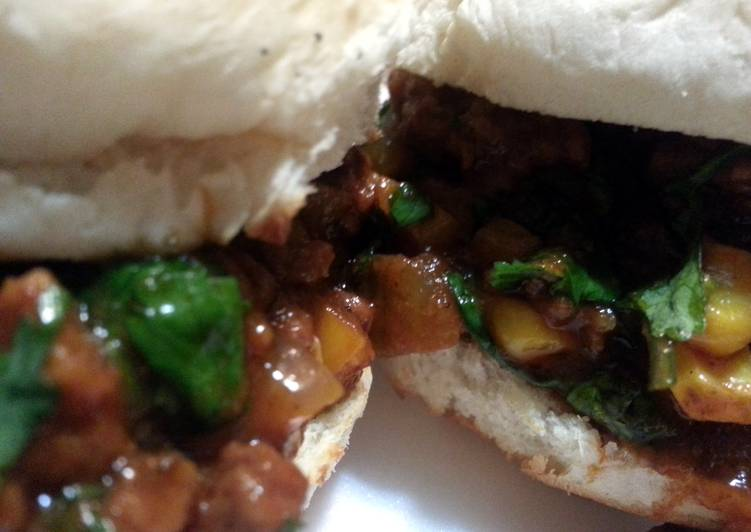 Mexican Sloppy Joe Stuffed Biscuits
