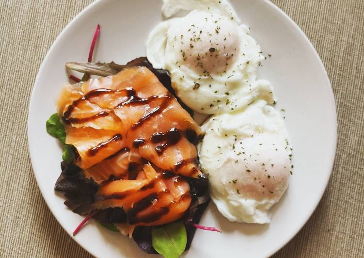 Steps to Prepare Speedy Salmon and poached eggs