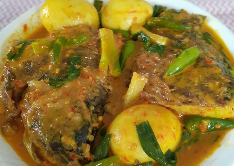 Gulai Ikan Gurami Pedas