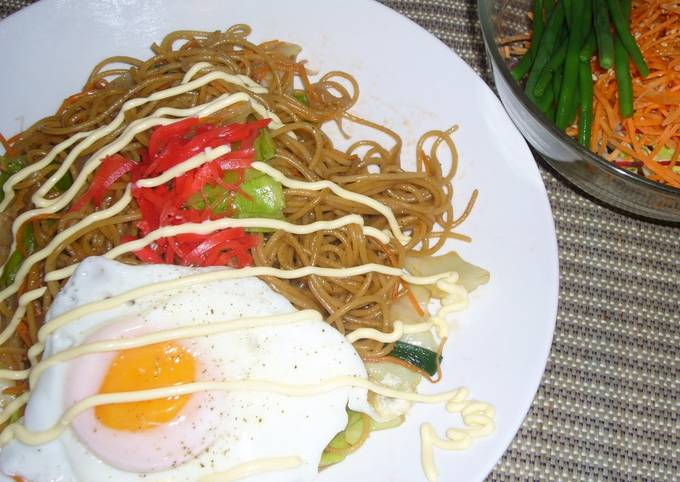 Recipe: Delicious A Must-try Recipe for People Living Overseas!! Yakisoba (Stir-Fried Noodles) Using Pasta