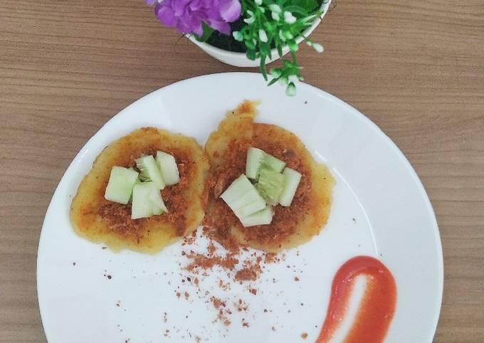 Pancake kentang topping abon