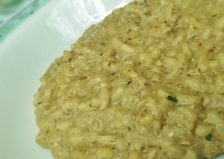 Eating This 14 Superfoods Is A Good Way For Your Health, Creamy porcini mushrooms risotto