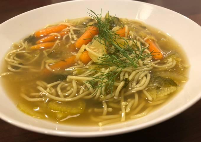 Immune system boosting fennel & vegetable soup