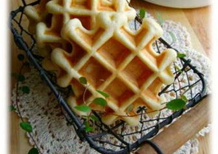 My Simple Butter-Free Waffles