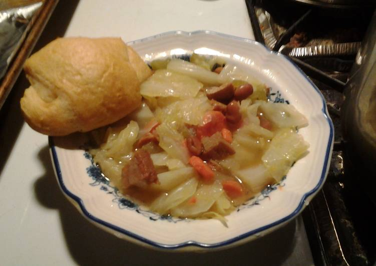 Cabbage Soup with Ham