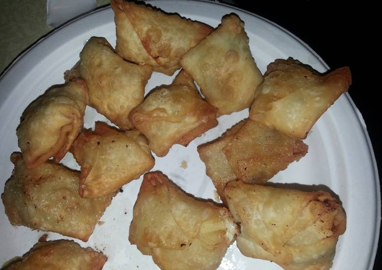 Steps to Make Quick Crab or beef wontons