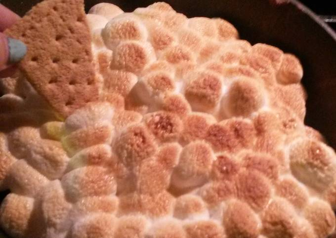 S'mores marshallow dip