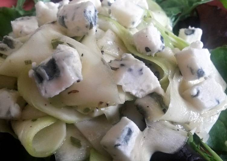 How to Prepare Award-winning Sig's Courgette Salad with Dolcelatte