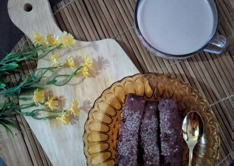 Kue Cokelat (simple versi kukus)