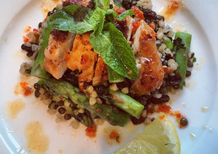 How to Make Tasty Harissa chicken with lentil, buckwheat & asparagus
