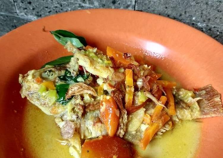 Pesmol nila pedas (masak kuning)