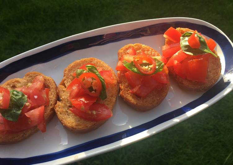 Tomato Bruschetta - perfect for picnics