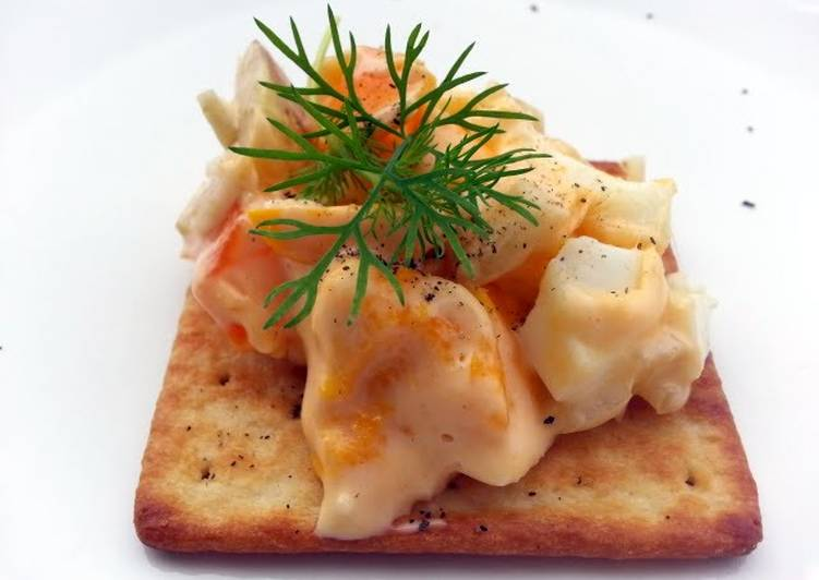 Cheesy Egg And Fennel Snack