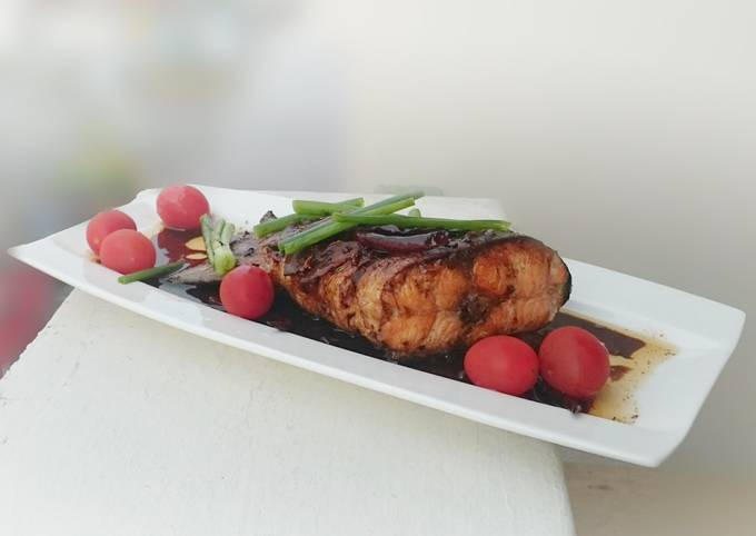 Salmon With Chinese Wine And Dark Soy Sauce