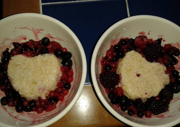 Recipe of Quick Slow Cooker Rice Pudding with Berries