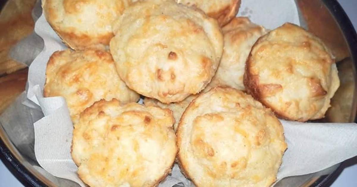 Cheese Biscuits *courtesy of Paula Deen*