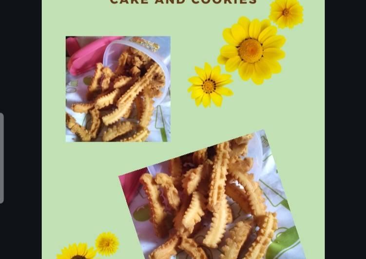 Kue Akar Kelapa - cookandrecipe.com