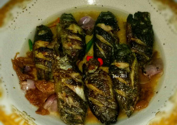 Ikan papuyu Bakar cacapan Asam khas kalimantan selatan