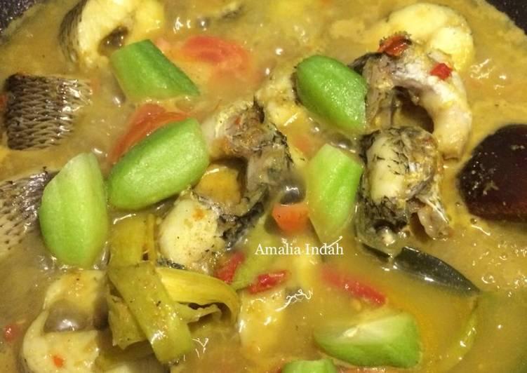 Resep Ikan Gabus Kuah Kuning Oleh Amalia Indah Cookpad