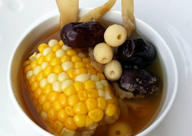 Vegan Soup With Corn Cob