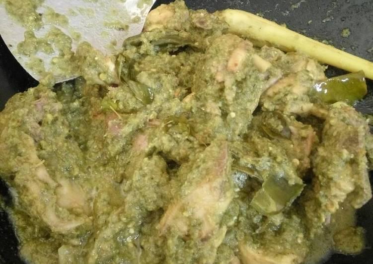 Ayam lado ijau (cabe hijau)