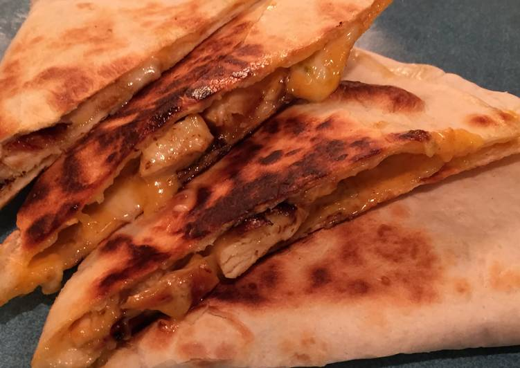 The Best Dinner Ideas Homemade Copy Cat Taco Bell Chicken Quesadillas
