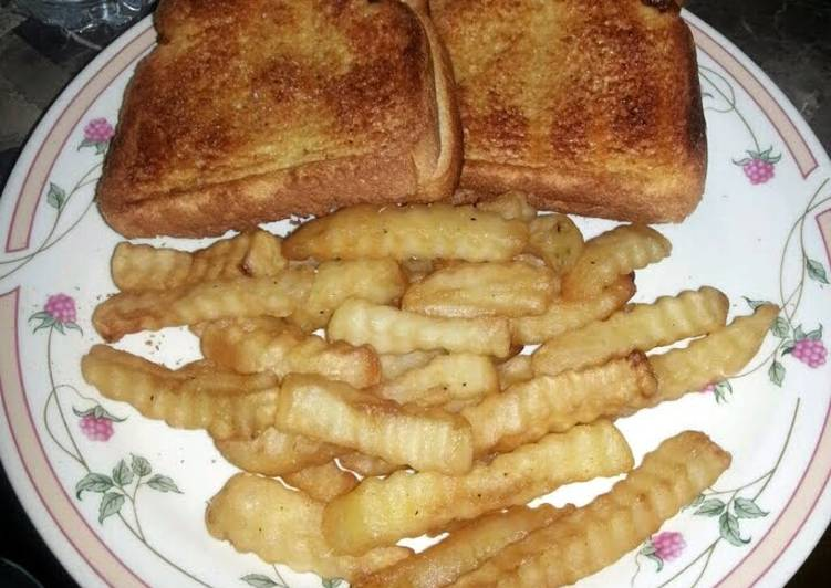 Garlic cheese bread sandwich