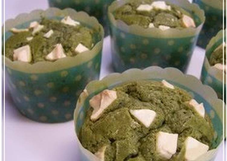 Easiest Way to Make Any-night-of-the-week Just Mix Easy and Moist Green Tea Cupcakes