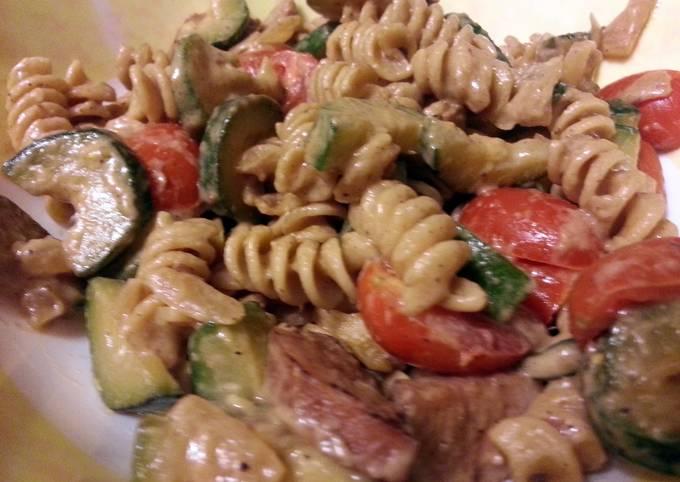 skye's parmesan pasta with sausage & zucchini