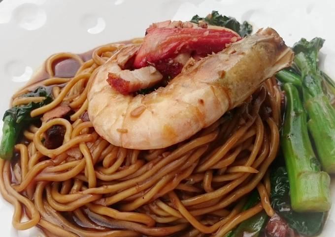 Stir Fry Noodle With Pork And Spicy Shrimp / Hokkien Mee