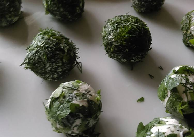 Recipe: Appetizing Herb Coated Cheese Appetizer