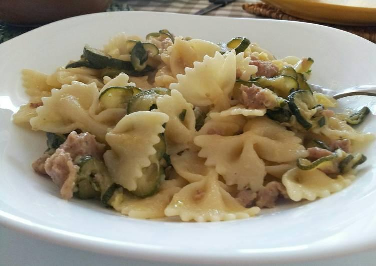 AMIEs Farfalle with Zucchini, Cream & Sausage