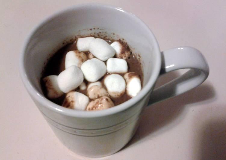 Yummy (crock pot) Hot Chocolate