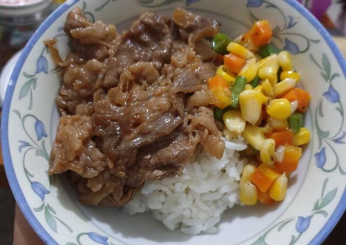 Rice bowl ala yoshinoya