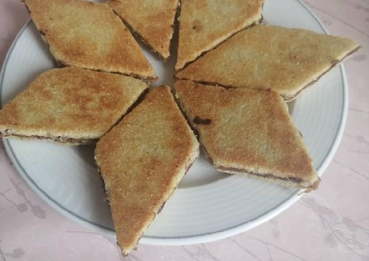 Simple Way to Prepare Speedy Galette fournée de dattes (Bradj/mberdja/mtekba)